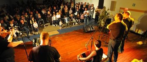 Humanitarni koncert u Sutivanu