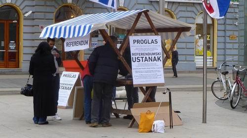 Potpisivanje referendumskih lista